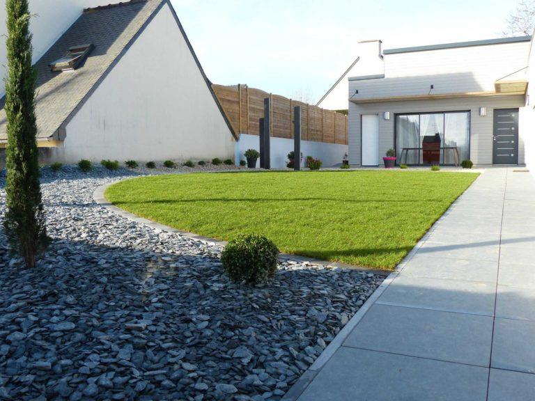 Aménagement complet d'une entrée avec dalles plots - Ploufragan