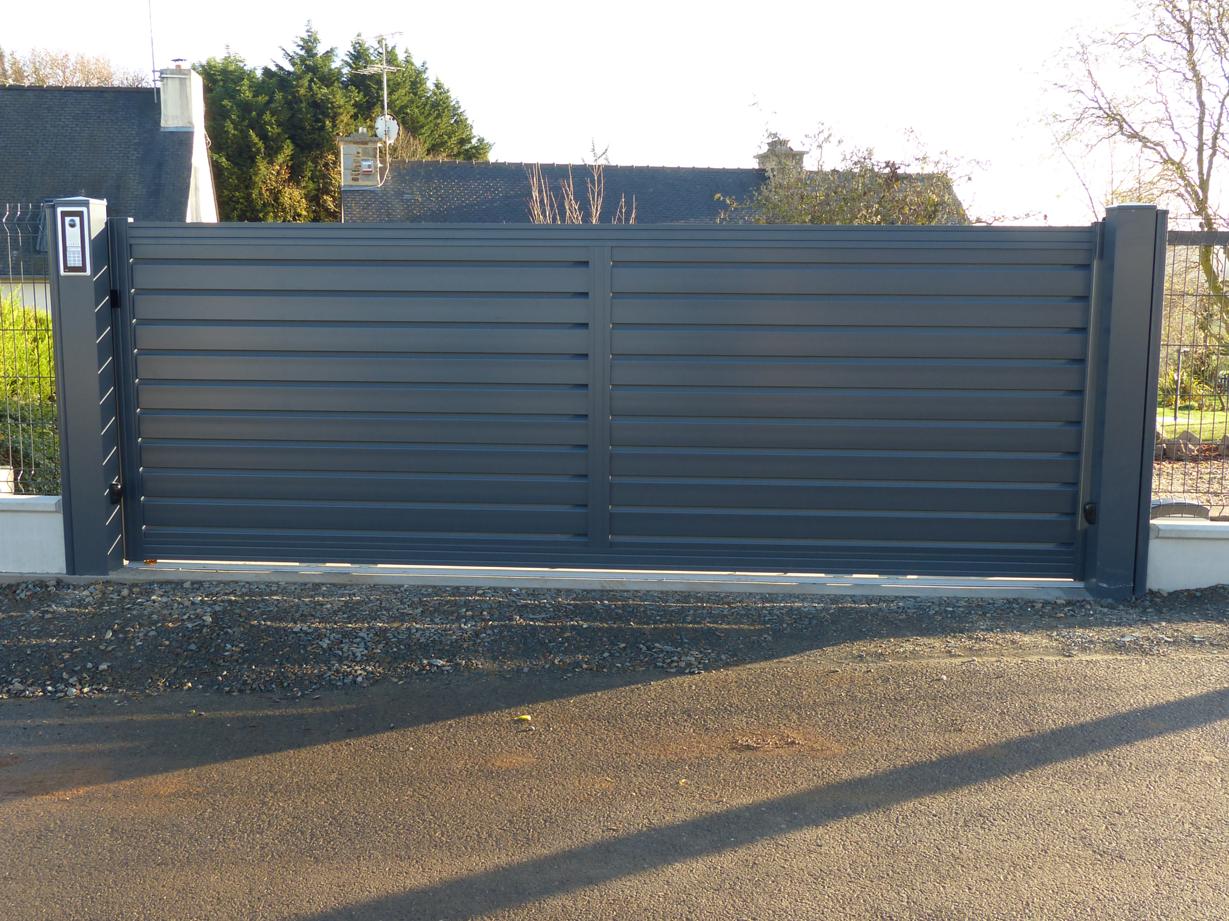 Installation d'un portail coulissant - Trémuson