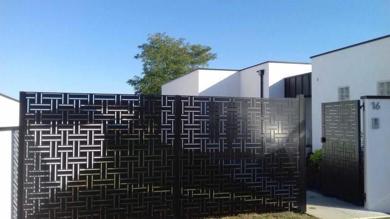 Clôture aluminium décorative - Lamballe