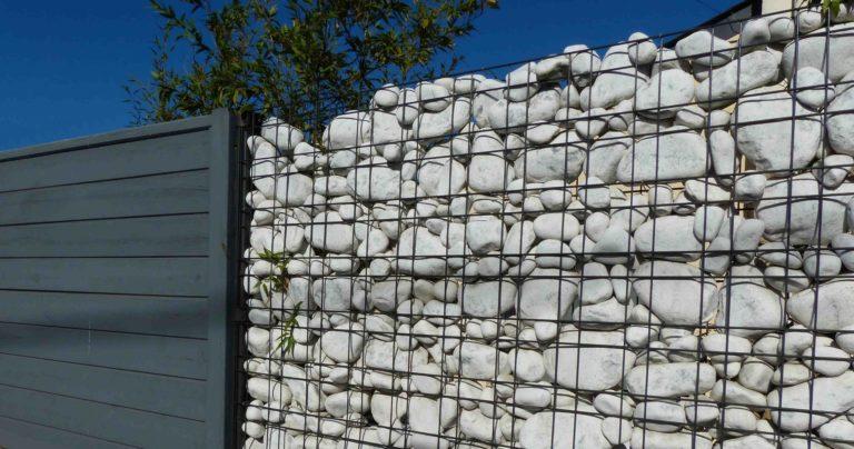 Clôture gabion avec galets blancs - St Brieuc
